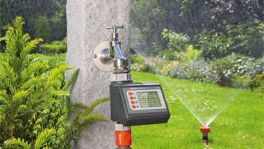 Automatic and time-saving irrigation